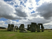 Missing part of Stonehenge returned