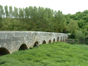 Tres Puentes Bridge