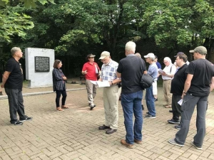 Discussing the battles at the Red Bridge at Polotsk